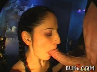 Sexo oral mojado con la cogida del titty
