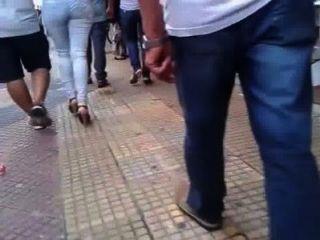 Mujer brasileña de arranque grande con marido