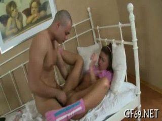 Playgirl está entregando su virginidad