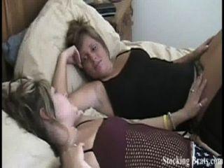 Jessie y carmen tirando en medias