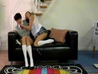 Adolescentes y milf lesbianas