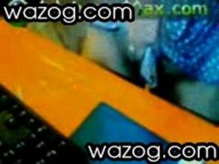 Caliente trío con dos coños en un palo por wazog.com