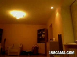 Web3496 cute firl se muestra en la webcam