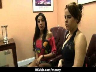 Sexo real por dinero 13