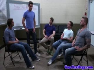 Groupsex gay hunks chupar polla dura
