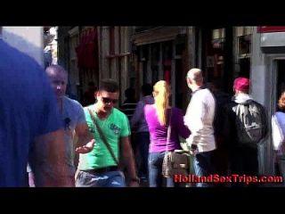 la prostituta holandesa rubia chupa