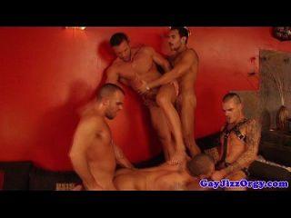 lucio santos estrellas en una orgía gay caliente