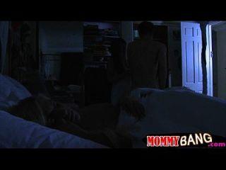 carmen monet y jenna moore trío en el dormitorio