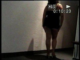 jovencita bailando sexy sin ropa