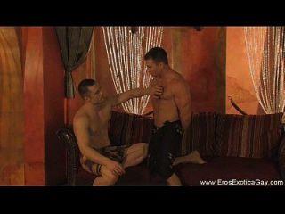 masaje erótico e instruccional para los amantes