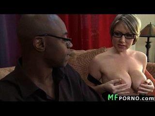 profesor con gafas intenta big black dick velicity von 2