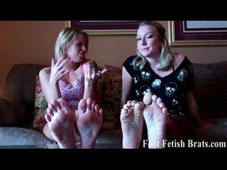 los pervertidos del pie como usted necesitan ser castigados