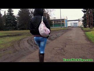 euro rubia recoger follando por dinero en efectivo