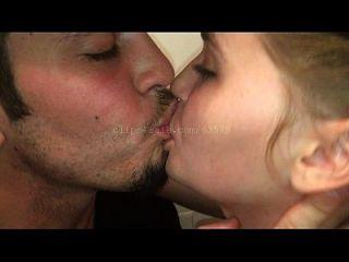 besos (ac4 video 1) vista previa