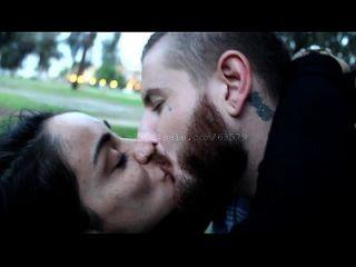 besando (dave y lizzy) video 3 vista previa