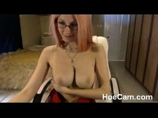 tetas grandes blonde milf in glasses webcam tease