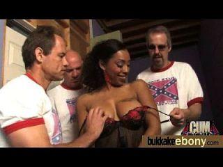 hot ebony gangbang diversión interracial 8