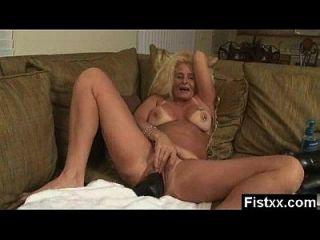 fisting erótico maduro seducido y apisonado