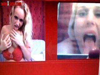 webcamgirl sorprendido con su propio facial 17