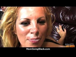 un gran sexo interracial hardcore con hot milf 24