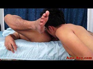 twinks asiáticos gay rimming y fucking