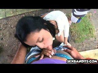 hermosa aficionada latina adolescente follada duro 01