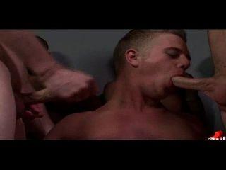 chicos jóvenes se cubren en cargas de cum bukkake caliente chicos 28