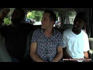 negros en chicos gay negros follan duro blanco twink 23