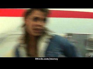 apretado adolescente folla a un hombre delante de la cámara por dinero en efectivo 12