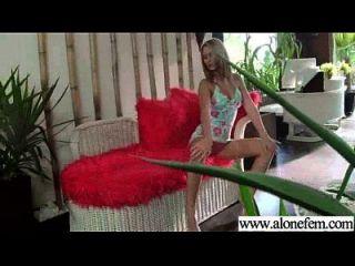 juguetes atractivos calientes del uso de la muchacha para masturbate el clip 05