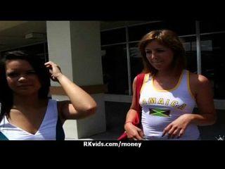 prostituta se paga y cinta para el sexo 2