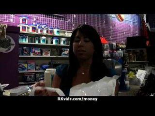 sexo pagando mis cuentas 24