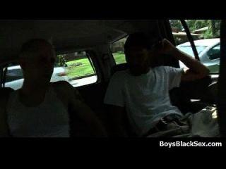 chicos jóvenes blancos follados por dudes negro 07