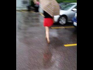 hot asian en una mini falda pt 1