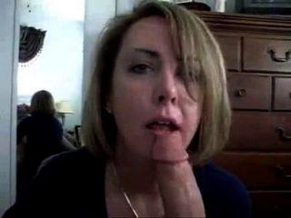 ¿quien es ella?
