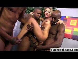 puta anal brutal interracial gangbang dp