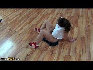 aficionado sexy fucking en la realidad dancefloor porn movie.mp4