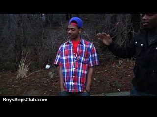 musculosos negros tíos follan gay blancos chicos twink 25