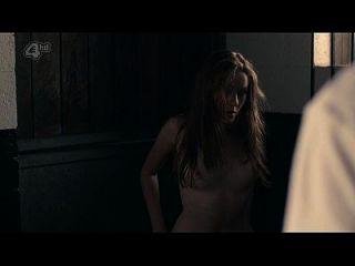 charlotte spencer desnuda topless y sexo \u0026 ndash; cola (2014) s1e5 hd720p