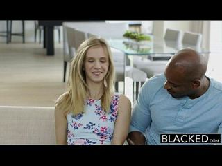 blacked petite rubia teen rachel james primera gran polla negra