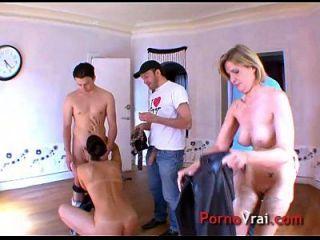 deux femmes soumises un trois lascars enrage de sexe !! amateur francés