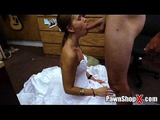 aquí cums la novia botín grande todo amargo y desesperado en la tienda de empeño xp14512