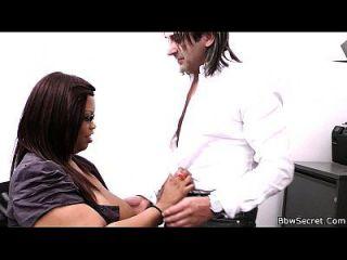 engañando a la esposa con ebony bbw secretaria