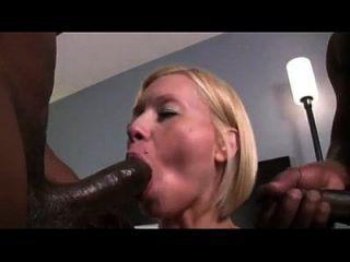 blonde milf holly berry deepthroat y la mierda 2 bbc