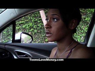 teenslovemoney busty ebony obtener follada por dinero extra