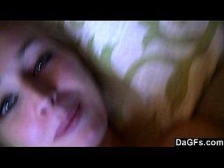 video fugado de hottie haciendo un video para su novio