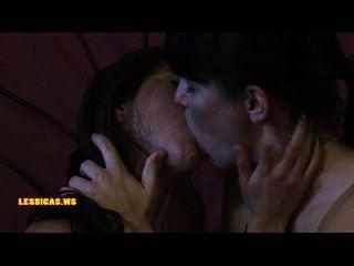 chicas increíbles salvajes besos muy caliente