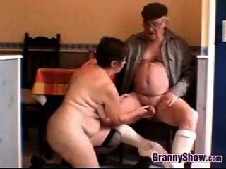 abuela caliente y abuelo tener relaciones sexuales