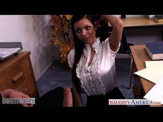 chesty morena yurizan beltran obtiene follada en la oficina