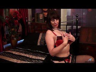 primer video travieso para curvy madura mamá